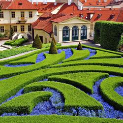 Пазл онлайн: Красивый сад