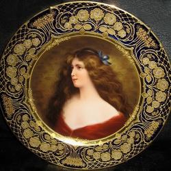 Пазл онлайн: Живопись на фарфоровых тарелках