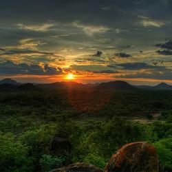 Пазл онлайн: Закат над долиной