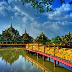 Пазл онлайн: Храм в Бангкоке