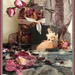 Пазл онлайн: Натюрморт с увядшими розами
