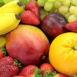 Пазл онлайн: Россыпь ягод и фруктов