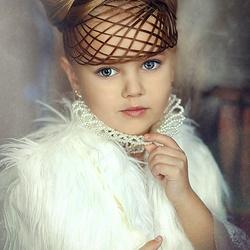 Пазл онлайн: Маленькая дамочка