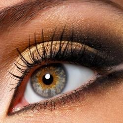 Пазл онлайн: Золотой глаз