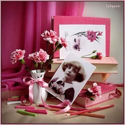 Пазл онлайн: Девочка с розовыми гвоздиками