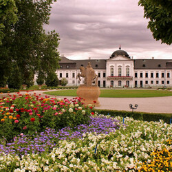 Пазл онлайн: Белый дом Словакии