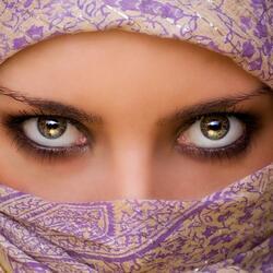 Пазл онлайн: Глаза Востока