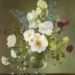 Пазл онлайн: Букет цветов с белыми ирисами