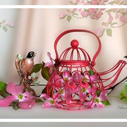 Пазл онлайн: Натюрморт с фарфоровыми птичками и чайником