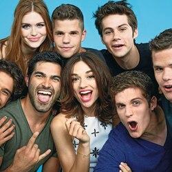 Пазл онлайн: Актеры сериала ''Волчонок''