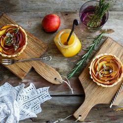 Пазл онлайн: Яблочные розочки