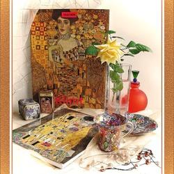 Пазл онлайн: Натюрморт с альбомами Климта