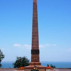 Пазл онлайн: Памятник Неизвестному матросу