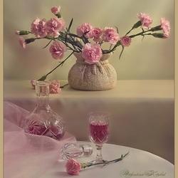 Пазл онлайн: Розовые гвоздики