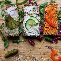 Пазл онлайн: Такие разные бутерброды