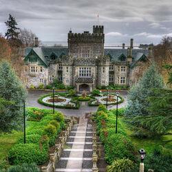 Пазл онлайн: Замок в Канаде