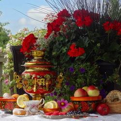 Пазл онлайн: Чай на веранде