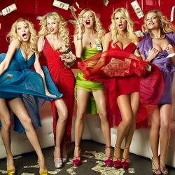 Пазл онлайн: Блондинки и деньги