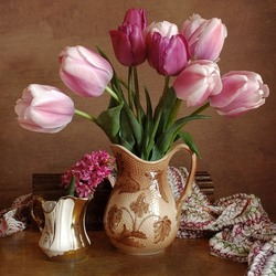 Пазл онлайн: Натюрморт с тюльпанами и гиацинтами