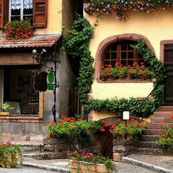 Пазл онлайн: Очарование старинных улиц
