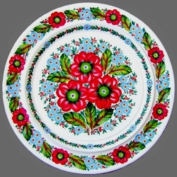 Пазл онлайн: Петриковская роспись на тарелках