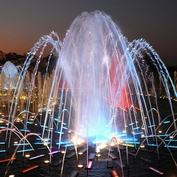Пазл онлайн: Фонтан в дворцово-парковом ансамбле Царицыно