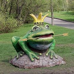 Пазл онлайн: Царевна-Лягушка в московском парке