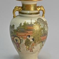 Пазл онлайн: Антикварная ваза