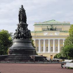 Пазл онлайн: Санкт-Петербург.Памятник Екатерине II