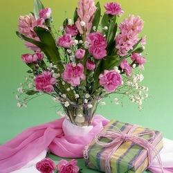 Пазл онлайн: Нежно-розовый букет