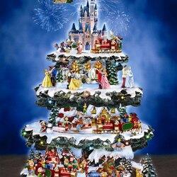 Пазл онлайн: Рождественская ель Диснея