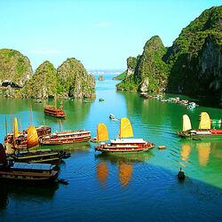 Пазл онлайн: Бухта Ha Long Bay. Вьетнам
