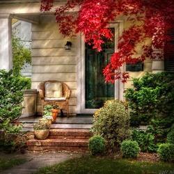 Пазл онлайн: Осеннее крылечко
