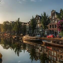 Пазл онлайн: Утро в Амстердаме
