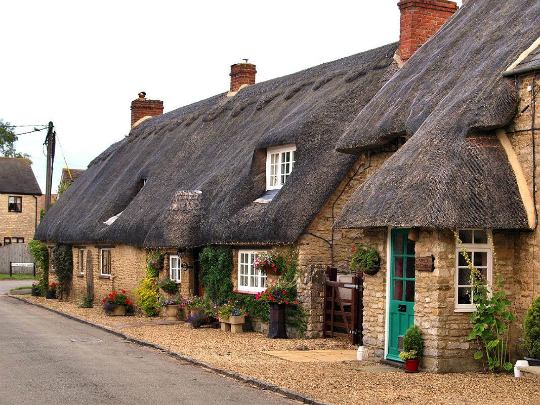 заселения гостей английская деревня фото домов автомобильном рынке любой