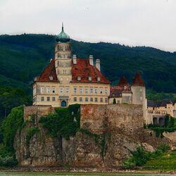 Пазл онлайн: Замок Шенбюэль. Австрия