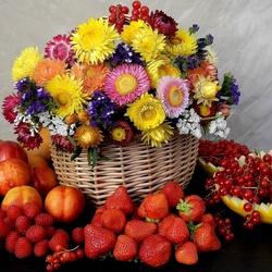 Пазл онлайн: Цветы и ягоды