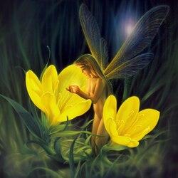 Пазл онлайн: Night Harvest / Ночь сбора нектара