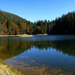 Пазл онлайн: Озеро Синевир