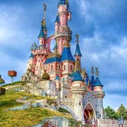 Пазл онлайн: Парижский Диснейленд