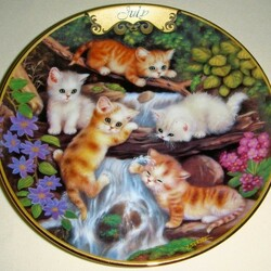 Пазл онлайн: Июльские котята