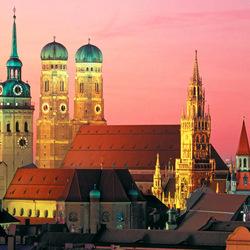 Пазл онлайн: Башни Мюнхена