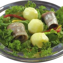 Пазл онлайн: Картошка и селедка