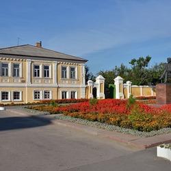 Пазл онлайн:  Памятник И.Н.Крамскому