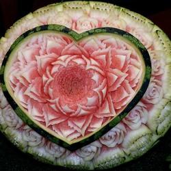 Пазл онлайн: Рисунок по арбузу