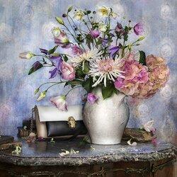 Пазл онлайн: Цветочный каталог