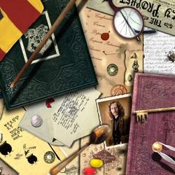 Пазл онлайн: Личные вещи волшебника