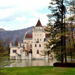 Пазл онлайн: Замок Аниф. Австрия