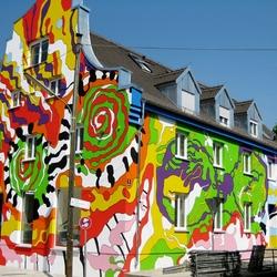 Пазл онлайн: Разноцветный дом в Мюнхене