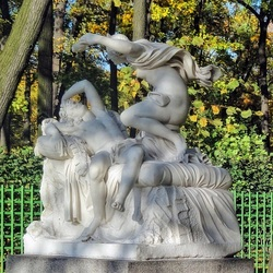 Пазл онлайн: Амур и Психея в Летнем саду